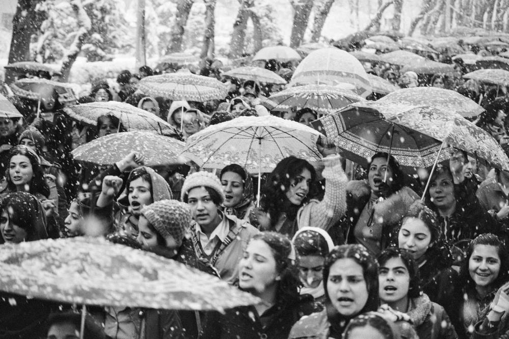 women_protesting_hijab_iran_4